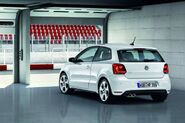 02-2011-vw-polo-gti