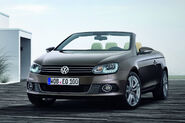 2011-VW-Eos-17