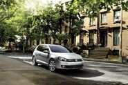2010-VW-Golf-TDI-8
