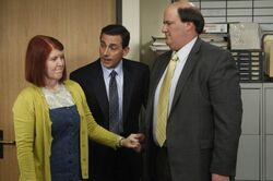 THE-OFFICE-Goodbye-Michael-Part-2-Season-7-Episode-22-5-550x366
