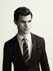 Taylor-lautner-gq-australia-3