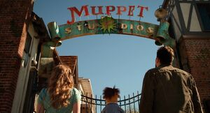 Muppets2011Trailer02-08
