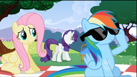 Rainbow Dash with sunglasses S2E03