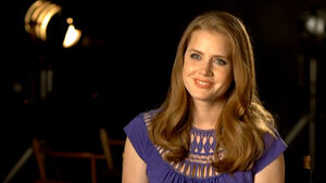 TheMuppets-Behind-The-Scenes-Interviews-AmyAdams
