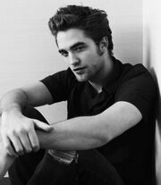 12458 Robert-Pattinson-should-be-illegal