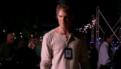 1x01 Dexter 82