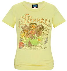 Junk food disney store 2011 shirt muppets cast