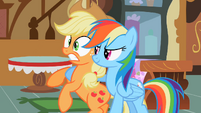 Confused Applejack S02E08