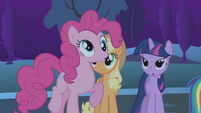 Pinkie Pie making a derp face S1E2