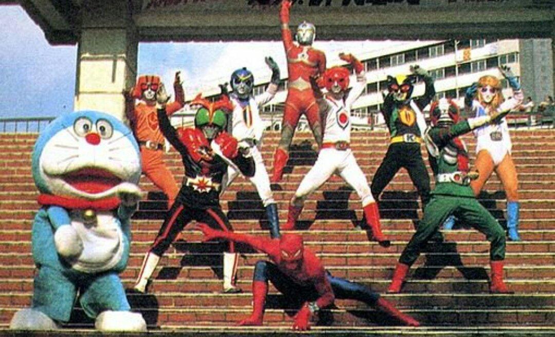 Aunque The Ultraman no tuviera una serie en vivo, si se utilizó un traje para promocionar el personaje.