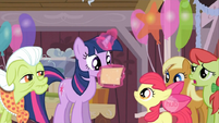 Twilight finish reading S02E14
