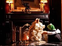Germany-Berlin-Hotel-Ritz-Carlton-Kermit&amp;Piggy-(2012-01)-04