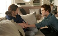 Breaking-dawn-movie-still-1-525x331