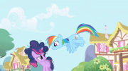 180px-592px-Twilight and Rainbow Dash1 S1E01