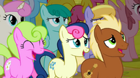 Ponies intimidated by Iron Will S2E19