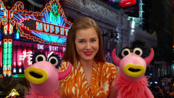 TheMuppets-AmyAdams-MahnaMahna-(2012)