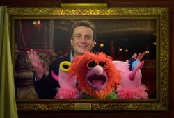 TheMuppets-JasonSegel-MahnaMahna-(2012)