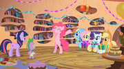 "Pinkie Pie ""Happy Birthday!"" S02E10"