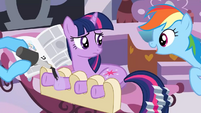 Twilight getting a hooficure S2E23