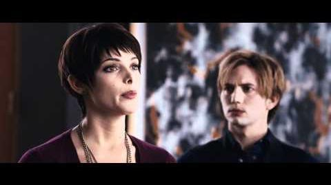 The Twilight Saga Breaking Dawn Part 1 - Official Trailer 2