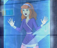 Daphne trapped in tube HTHoH