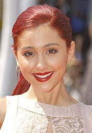 Ariana-grande-2011-primetime-creative-arts-emmy-awards-01