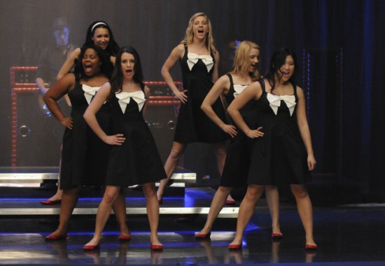Glee-Hello-5-550x380