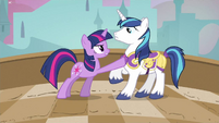 Twilight still pretty ticked S2E25