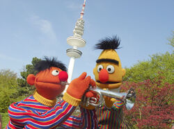 Ernie&amp;Bert-HamburgFernsehturm