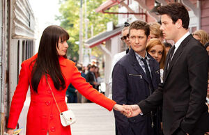 052312 glee season finale featured120523145428
