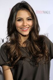 Kinopoisk.ru-Victoria-Justice-1399530