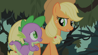 Spike and Applejack discussing possibilities about Fluttershy&#39;s fate S01E15