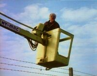 HY-MAC CHERRY PICKER LANDROVER -2