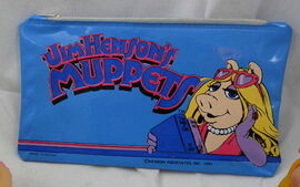 Butterfly originals pencil case 1981 miss piggy