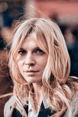 Clemence Poesy (Fleur DelaCour) 03