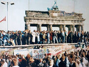 Thefalloftheberlinwall1989