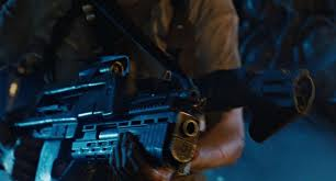 Pulse rifle and flamethrower