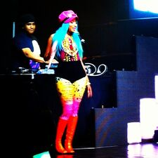 Nicki minaj in manila 4
