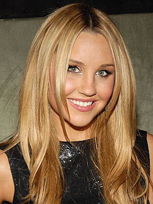 Amandabynes300