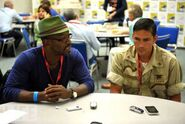 Lennie-James-and-Jim-Caviezel-at-Comic-Con-549x367-custom