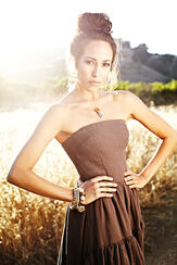20120724 MARISA QUINN S04 078-W