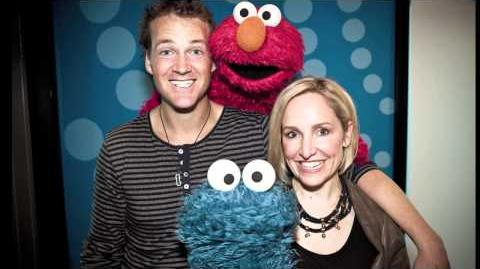 Elmo & Cookie Monster Do Star Wars