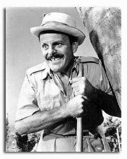Ograph of terry-thomas as ltcol j algernon hawthorne from its a mad mad mad mad world available in 4 sizes framed or unframed buy now at starstills 89112