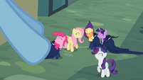 Rainbow Dash&#39;s friends S2E08