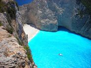 Beuatiful places greece coolaristo 5