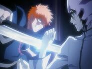 Ulquiorra fights Ichigo