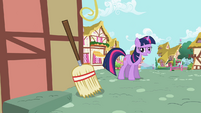 Twilight likes this idea S2E10