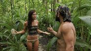 Russell-and-parvati-argue-in-the-woods