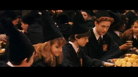 Harry Potter and the Sorcerer's Stone - The end of the year feast