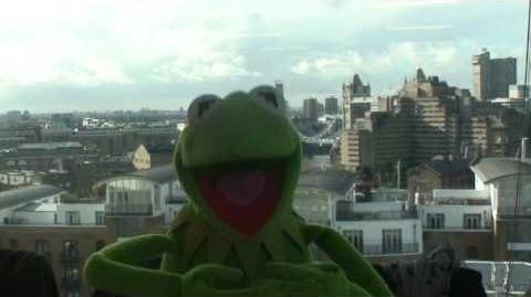 Kermit Answers Twitter about looking young... AskKermit 26 01 12